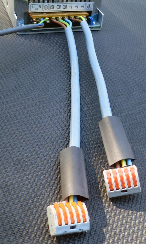 Les câbles en sortie